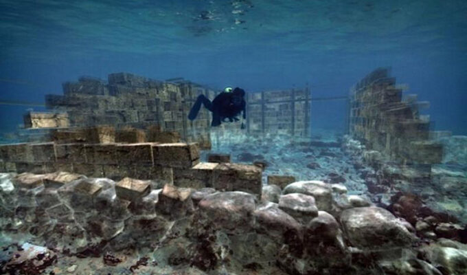 Pavlopetri, the oldest submerged ancient town