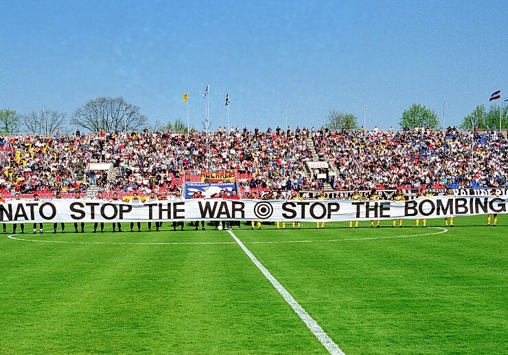 On This Day in 1999: AEK travels to Belgrade for solidarity match despite NATO bombing 7