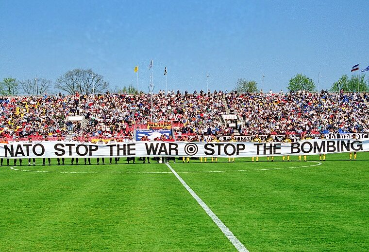 On This Day in 1999: AEK travels to Belgrade for solidarity match despite NATO bombing 2