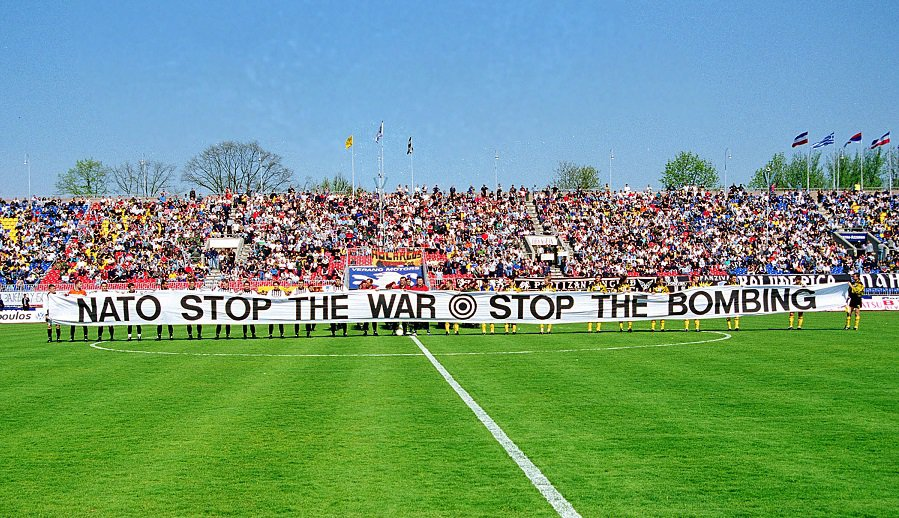 On This Day in 1999: AEK travels to Belgrade for solidarity match despite NATO bombing 1
