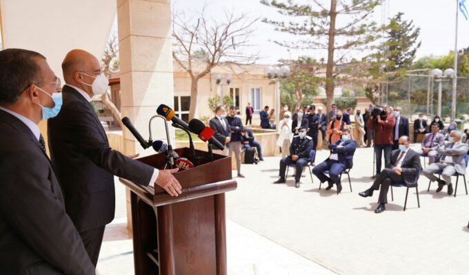 Dendias to Greek community in Benghazi: We are back in Libya and are not leaving 2