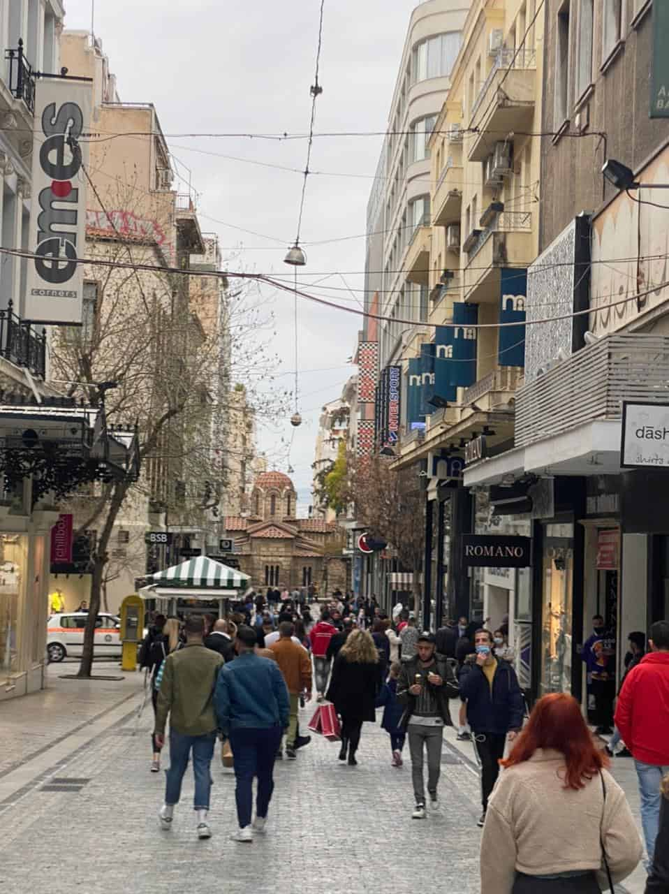 See Monastiraki and Ermou Street on the first day of partial retail reopening 16
