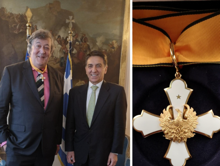 Stephen Fry awarded with Medal of Grand Commander of the Order of the Phoenix
