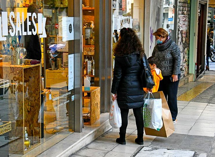 Retail stores to partially reopen in Thessaloniki and Achaia