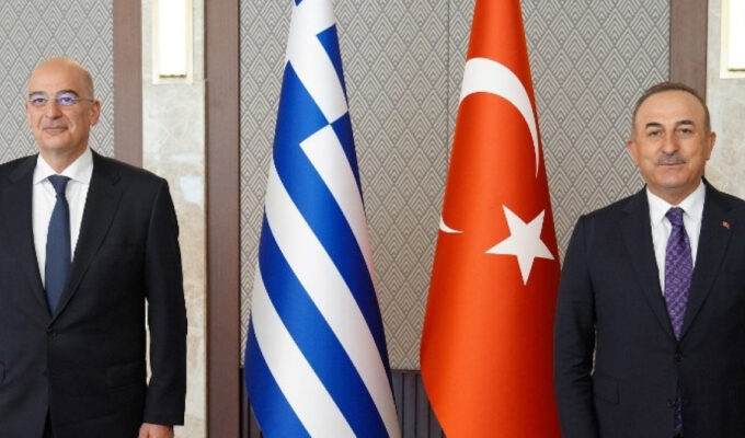 Dendias confirms invitation for Çavuşoğlu to visit Athens 1