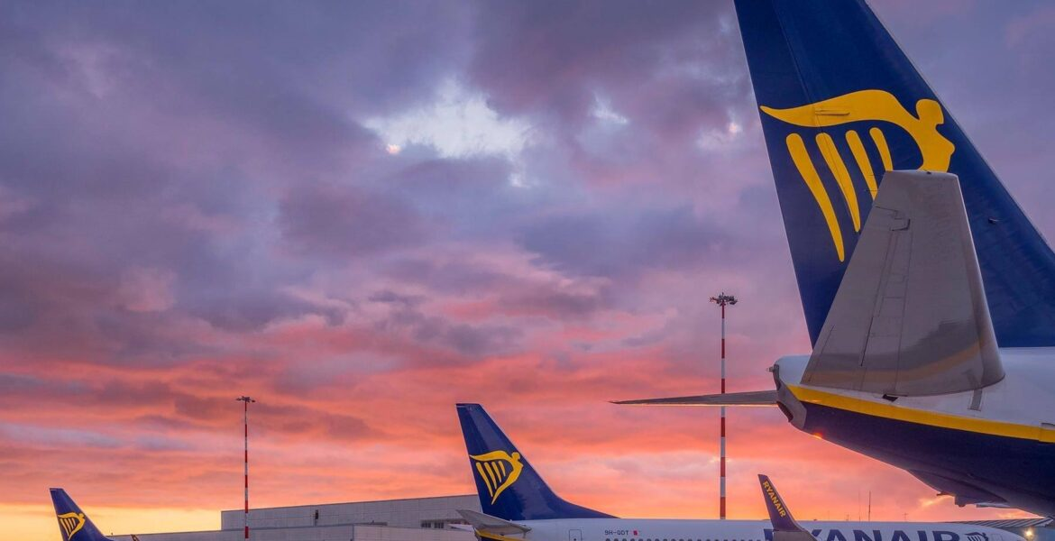 Ryanair launches huge sale with £5 flights to Greece and other countries
