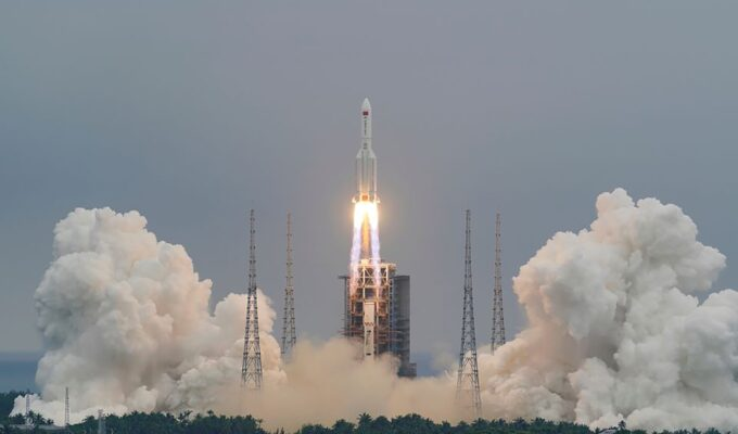 Chinese rocket expected to crash into Earth this weekend May hit southern Europe 8