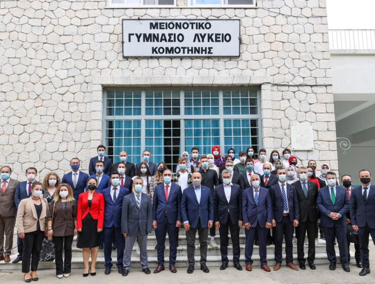 """Greece's foreign ministry reacted strongly Sunday to repeated statements by Turkish FM Cavusoglu referring to a """"Turkish minority"""" 1"""
