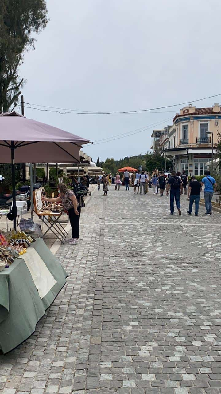 Cafes and Restaurants finally open in Greece 19