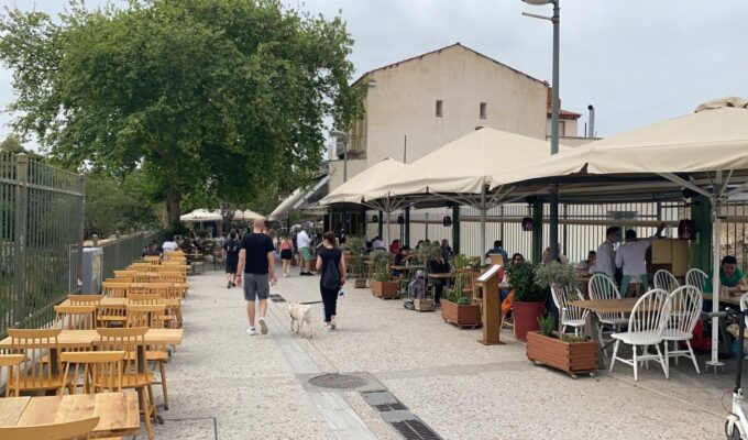 Cafes and Restaurants finally open in Greece 2