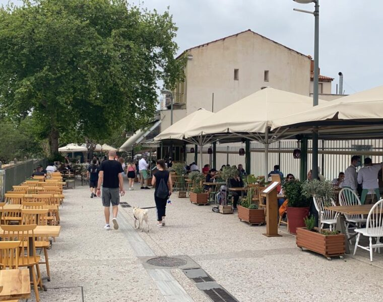 Cafes and Restaurants finally open in Greece 4
