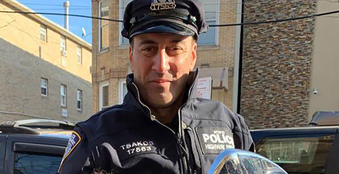 Thousands pay their respects for fallen NYPD officer Anastasios Tsakos