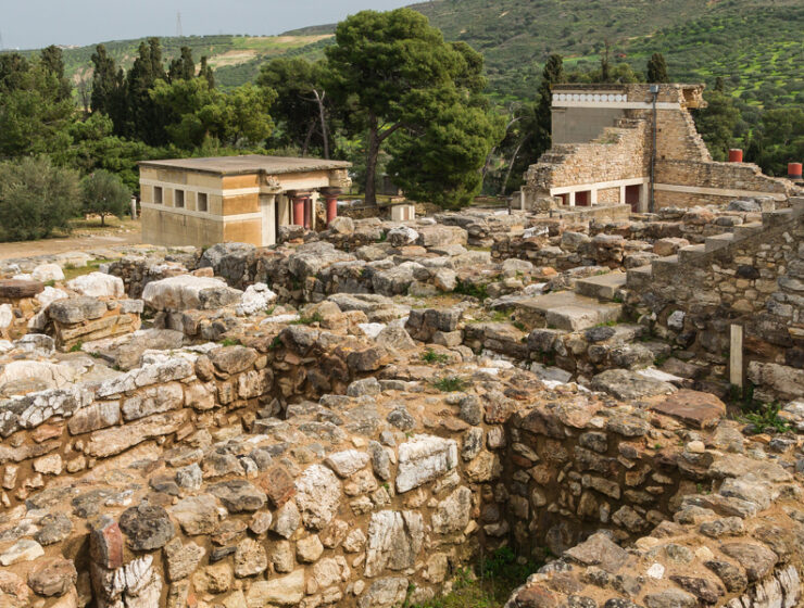 knossos palace archaeological site