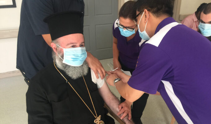 Archbishop of Australia Mr. Makarios received the second dose of the coronavirus vaccine. 3