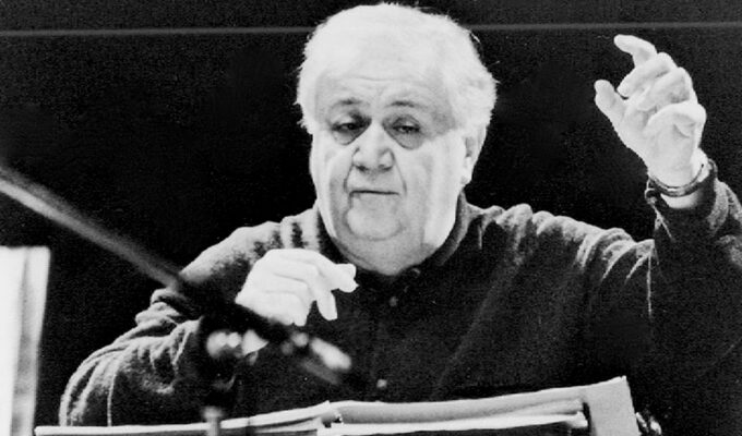 On this day in 1925, Greek composer and theorist Manos Hatzidakis was born