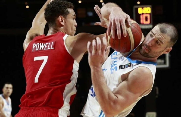 Second-half surge lift Canada to opening win over Greece 8