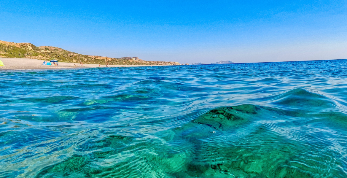 Greece among countries with cleanest swimming waters in Europe