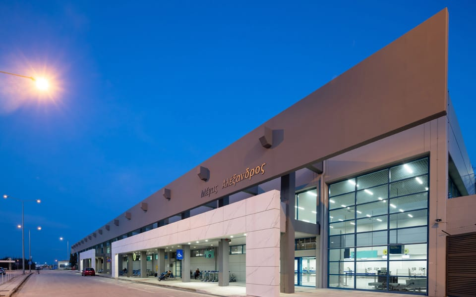 Greek parliament committee approves over 170 million euro support for regional airports 1
