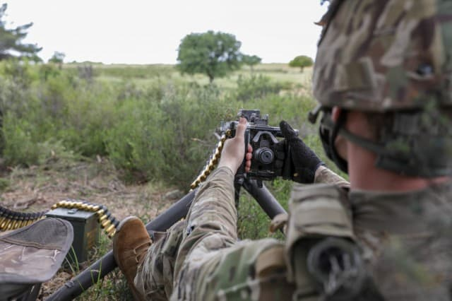 USA trains with Hellenic Army in Greece