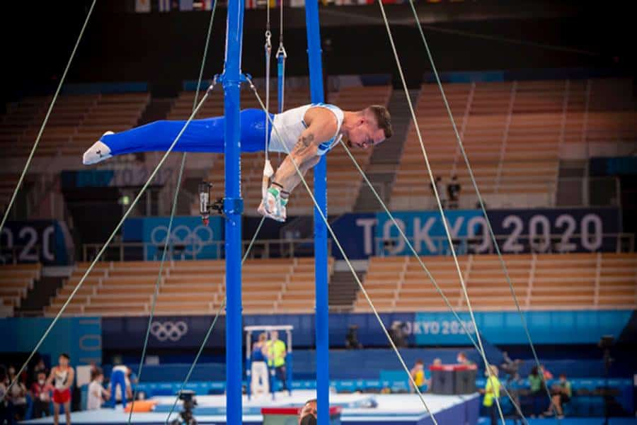Eleftherios Petrounias is through to the final in the Tokyo Games 4