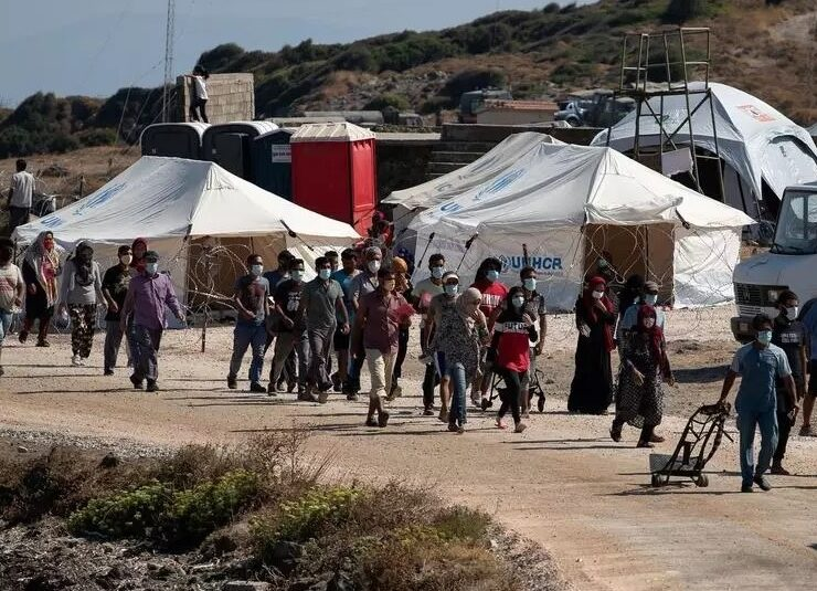 Illegal migrant numbers drop below 5000 on Lesvos island for the first time 1