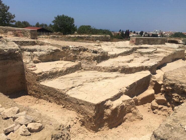 Archaeologists find offering ground in Cyprus 17