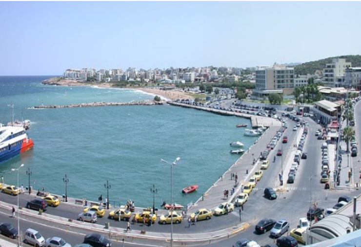 Locals hit to the ports of Attica for last-minute holidays to the islands 1