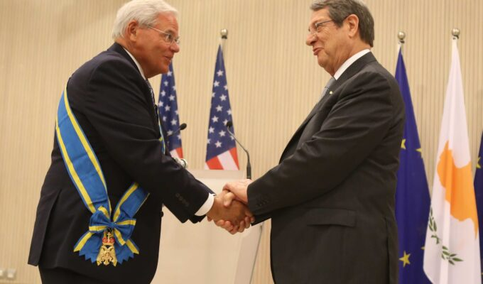 """""""MY GOAL IS TO SEE THE LAST TURKISH SOLDIER LEAVE CYPRUS"""" says Menendez as he accept highest honour 3"""