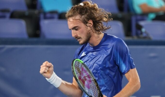 Stefanos Tsitsipas out of the Davis Cup due to injury 2