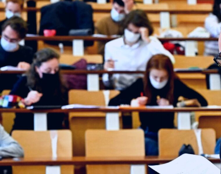Greek university students lead vaccination race at 73% 23