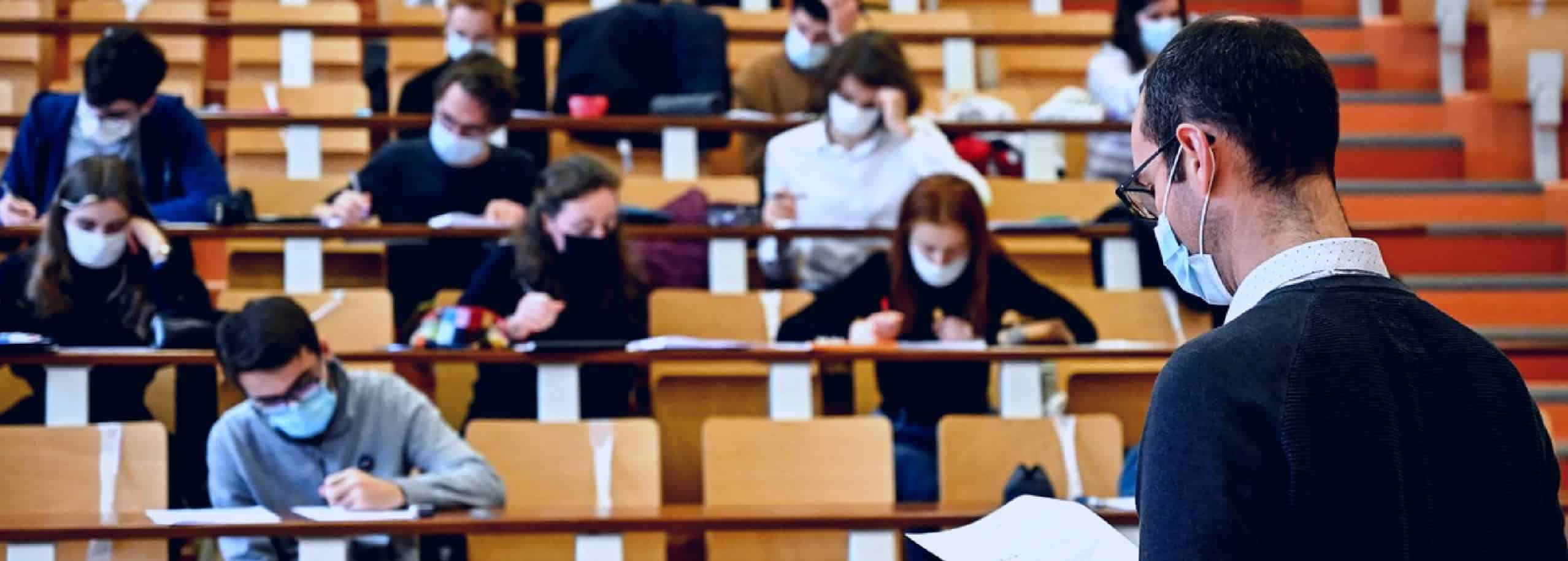 Greek university students lead vaccination race at 73% 22