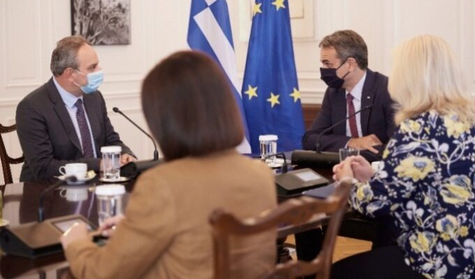 Prime Minister Kyriakos Mitsotakis met on Wednesday with the new General Secretary of Cyprus' AKEL party, Stefanos Stefanou