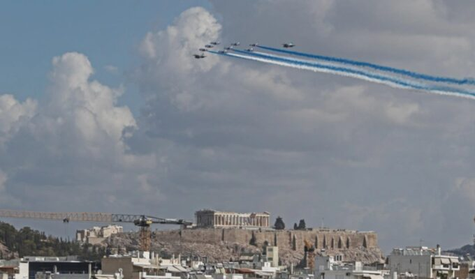 French jets Acropolis