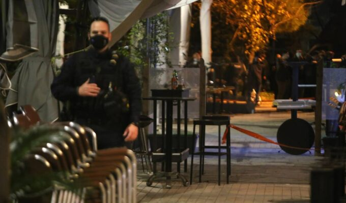 Roma gypsies shoot it out over a woman in an Athens bar 6