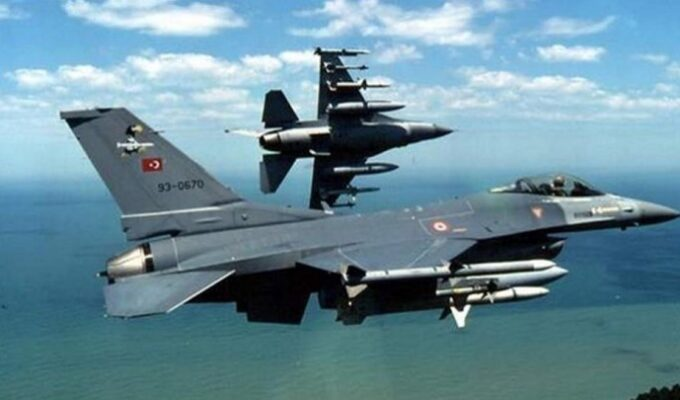 AEGEAN: 22 Turkish fighter jets violating Greek airspace chased out by Greek pilots 2