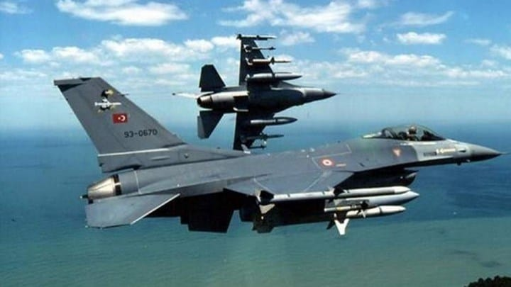 AEGEAN: 22 Turkish fighter jets violating Greek airspace chased out by Greek pilots